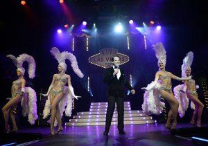 Roncalli's Apollo Varieté Düsseldorf präsentiert in Viva Las Vegas 2: Gregor Glanz (Foto ©Ralf Schütt) / RAS0102_Fotograf_Ralf_Schütt.jpg