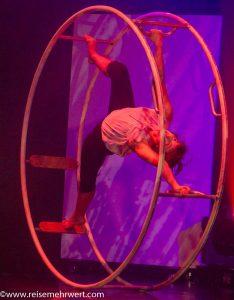 GOP Varieté-Theater Essen: TRUST ME (Elina Lerner Dunlap / Quatour Stomp)