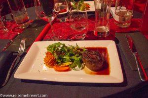 Show & Dine in Roncalli's Apollo Varieté
