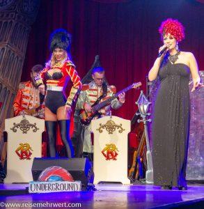 Miss Frisky_Roncalli Dinnershow in der Hohensyburg 2018/2019_Gesang