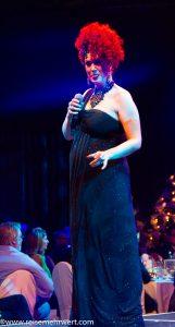 Miss Frisky_Roncalli Dinnershow in der Hohensyburg 2018/2019_Moderation