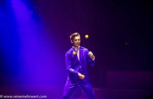 Jongleur Scott präsentiert: Bounce Juggling