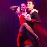 Tango und Jonglage_Duo ›Red Tango‹ − Daria Makukha & Dmitri Zabunov