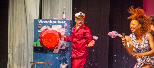 Sibongile Prudence und Tom Murphy_premiere_gop-variete-theater-essen_waschsalon