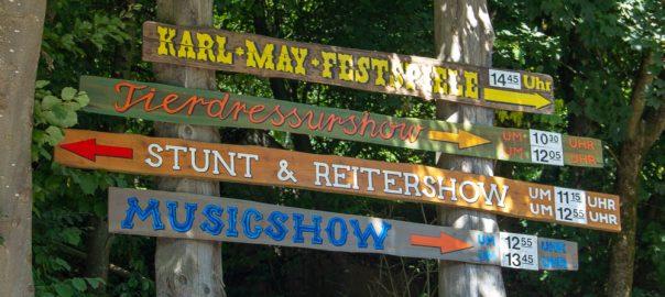 Elspe Festival 2019 - Wegweiser damit man keine Show verpasst