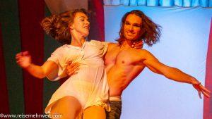 gop-essen_freaks_duo-hand-2-stand_(Louis-Marc Bruneau-Dumoulin-und-Camille Tremblay)