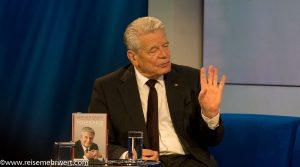 Joachim Gauck_Frankfurter_Buchmesse_2019_das blaue Sofa