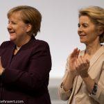 Angela Merkel_und_Ursula von der Leyen_CDU_Parteitag_Leipzig_2019