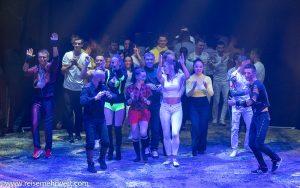 Finale_Flic-Flac_Die-neue-X-Mas-Show_Dortmund_2019
