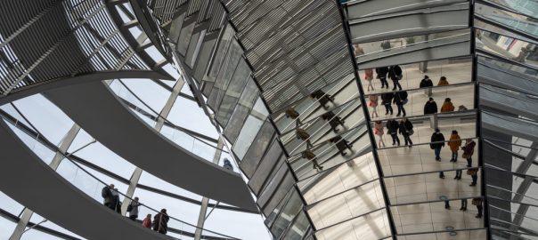 Kuppel Deutscher Bundestag_politische-informationsfahrt-nach-berlin
