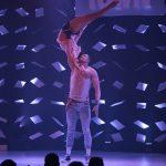 Michael-Togni_und_Yulia (Partnerakrobatik)_GOP Varieté-Theater Essen_Funky Town_Premiere