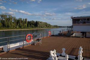 nicko-cruises-flusskreuzfahrt-ms-rhein-melodie-rheinpanorama