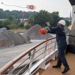 nicko-cruises-hochseekreuzfahrt-world-voyager-4-tage-kiel-flensburg-wismar-kiel-Anlegemanöver-2021