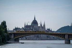 Flusskreuzfahrt-MS-Albertina-2021 - Budapester Parlamentsgebäude