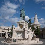 Flusskreuzfahrt-MS-Albertina-2021 - Reiterdenkmal von König Stephan I. auf der Fischerbastei im Budapester Burgviertel