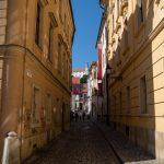 Flusskreuzfahrt-MS-Albertina-2021 - Blick von der Innenstadt auf die Burg Bratislava