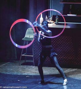 GOP-Variete-Theater-Essen-Premiere-WunderBar-Vivian Spiral
